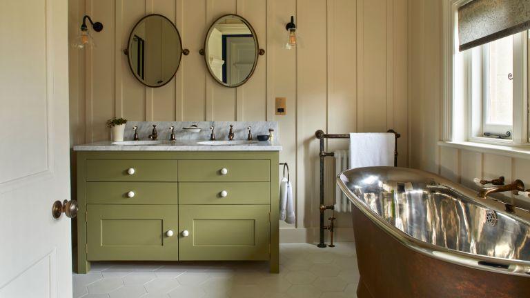 bathroom color tips