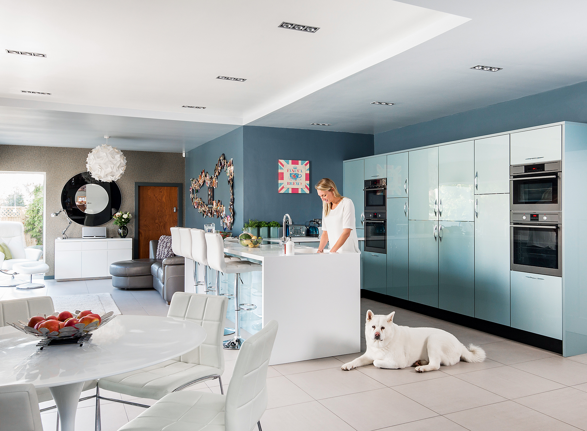 Contemporary kitchen extension for entertaining real homes