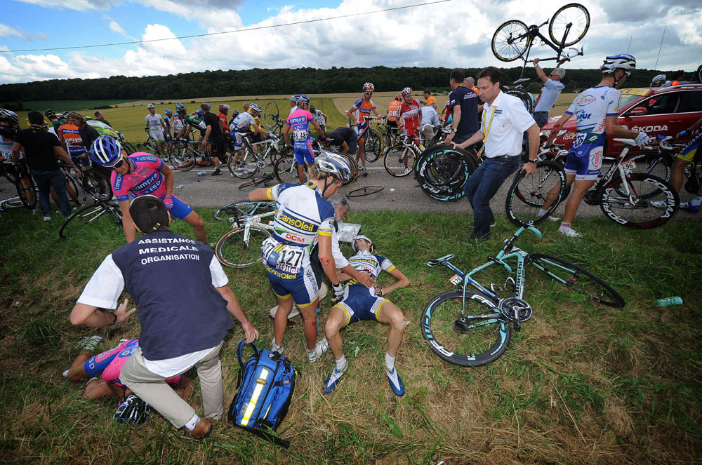 Photo: Wout Poels was caught in a crash on stage six of the 2012 Tour de France.