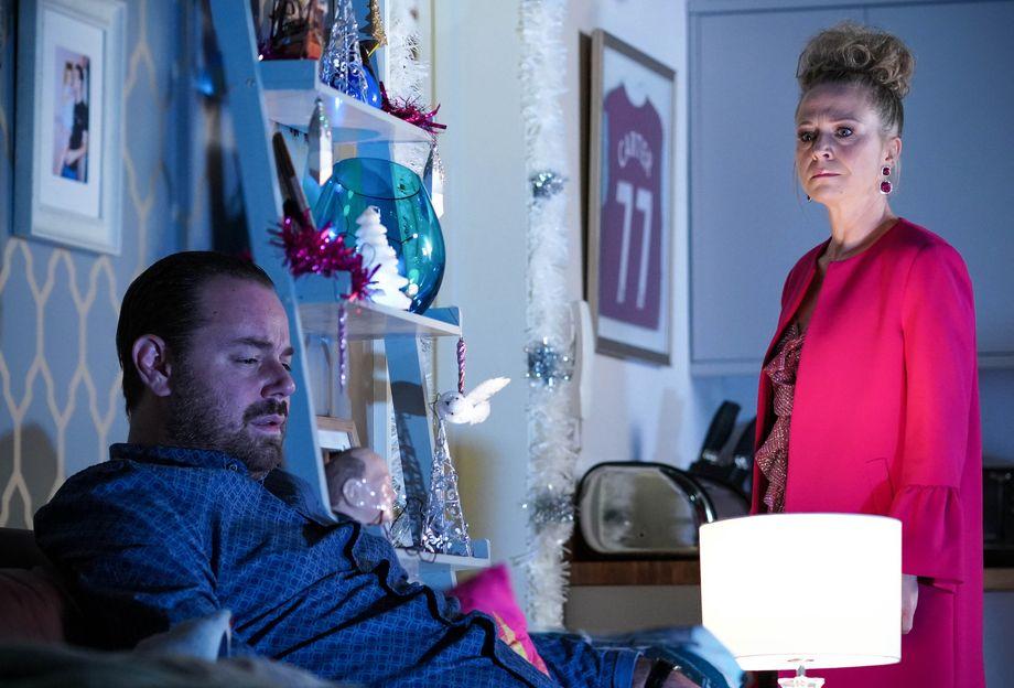 Linda Carter feels rejected by Mick Carter in EastEnders