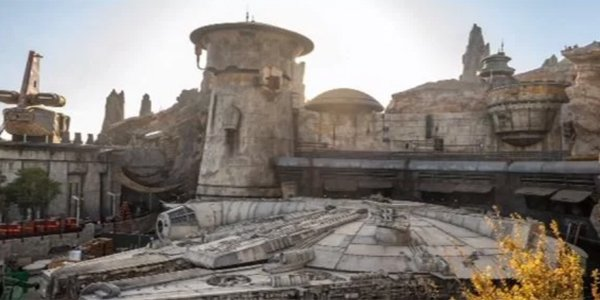 Disneyland Galaxy's Edge Millenium Falcon: Smuggler's Run Official screenshot