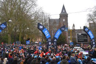 The start of Omloop Het Nieuwsblad