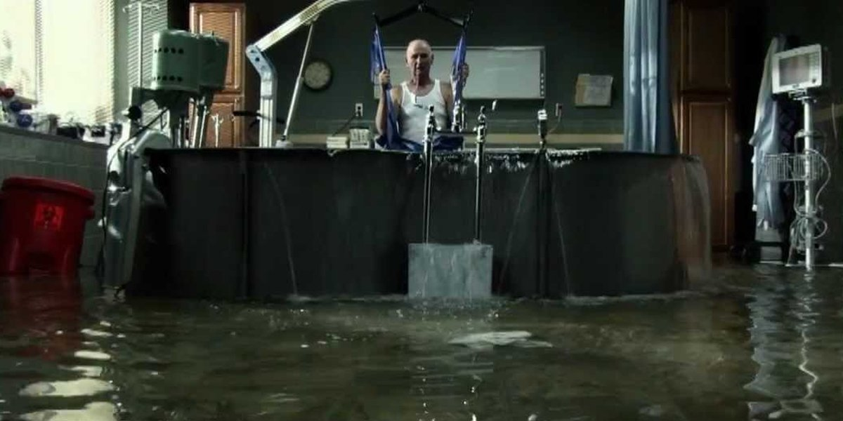 Jonathan Groves (Jackson Walker) – Crushed by a therapy tub