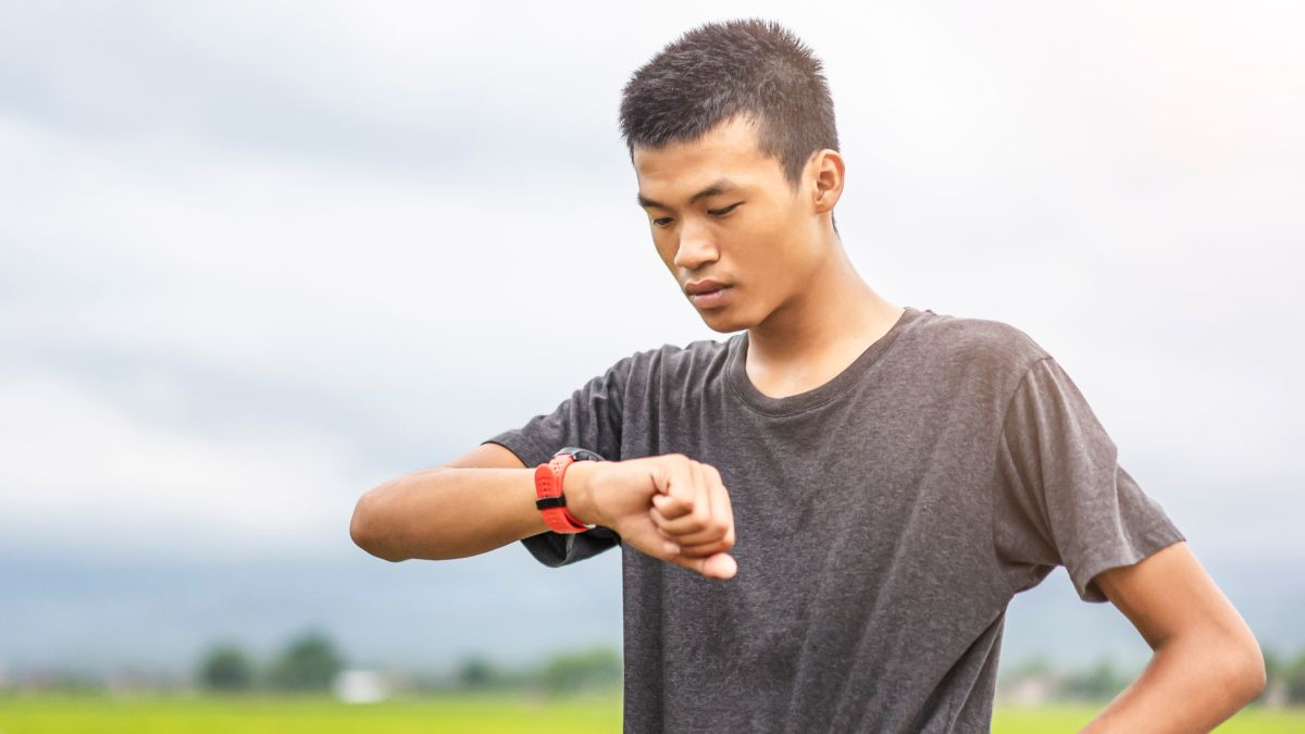 Fitbit down: ongoing outage leaves users without workout and sleep data – TechRadar