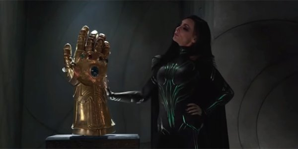 Hela and the fake Infinity Gauntlet in Thor: Ragnarok