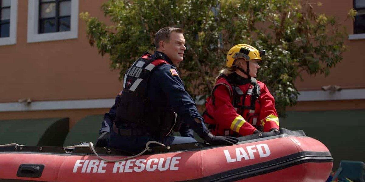 Fox 9-1-1 Tsunami Season 3