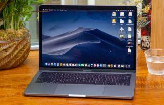 Mejor rendimiento: Apple MacBook Pro con Touch Bar (2019)
