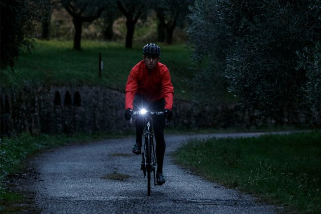 Riding in the dark front light training