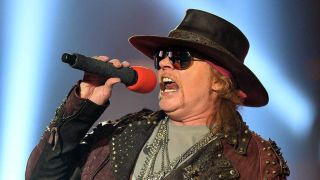 Guns N Roses Axl Rose live photo 2014