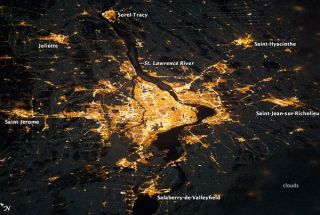 lights-montreal-110110-02