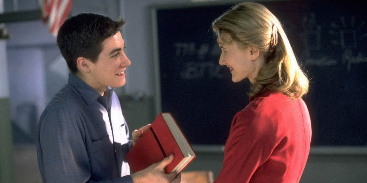 Jake Gyllenhaal and Laura Dern in October Sky