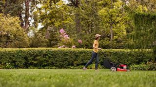 Cheap lawnmower deals: Save 50% on a Kobalt self-propelled mower at Kohl's