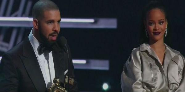 Drake Rihanna VMAs 2016