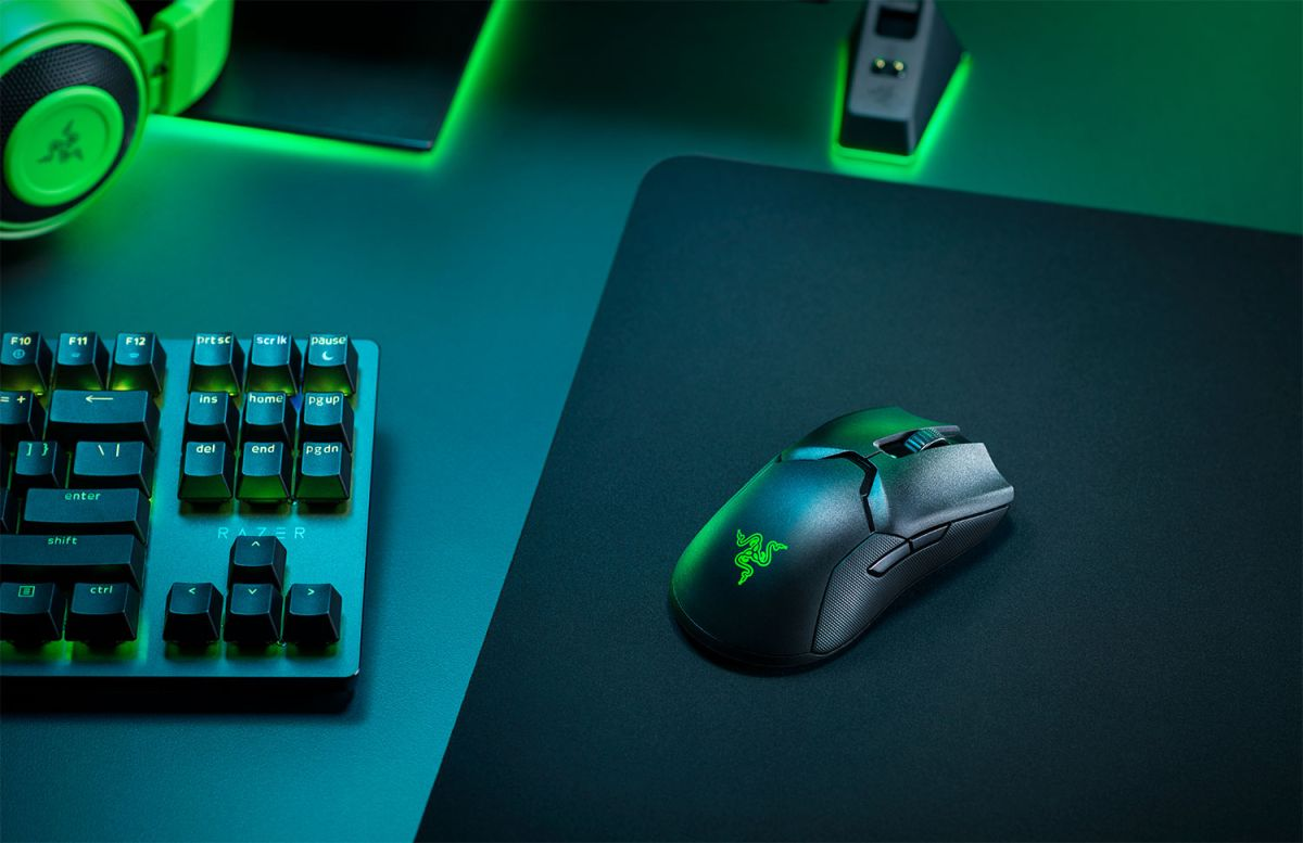 Razer says its Viper Ultimate mouse is 25% faster than other wireless mice