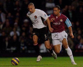 Soccer – FA Barclays Premiership – West Ham United v Manchester United – Upton Park