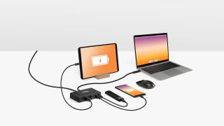 Plugable 7-in-1 USB Charging Hub