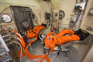 Spacesuit test JSC
