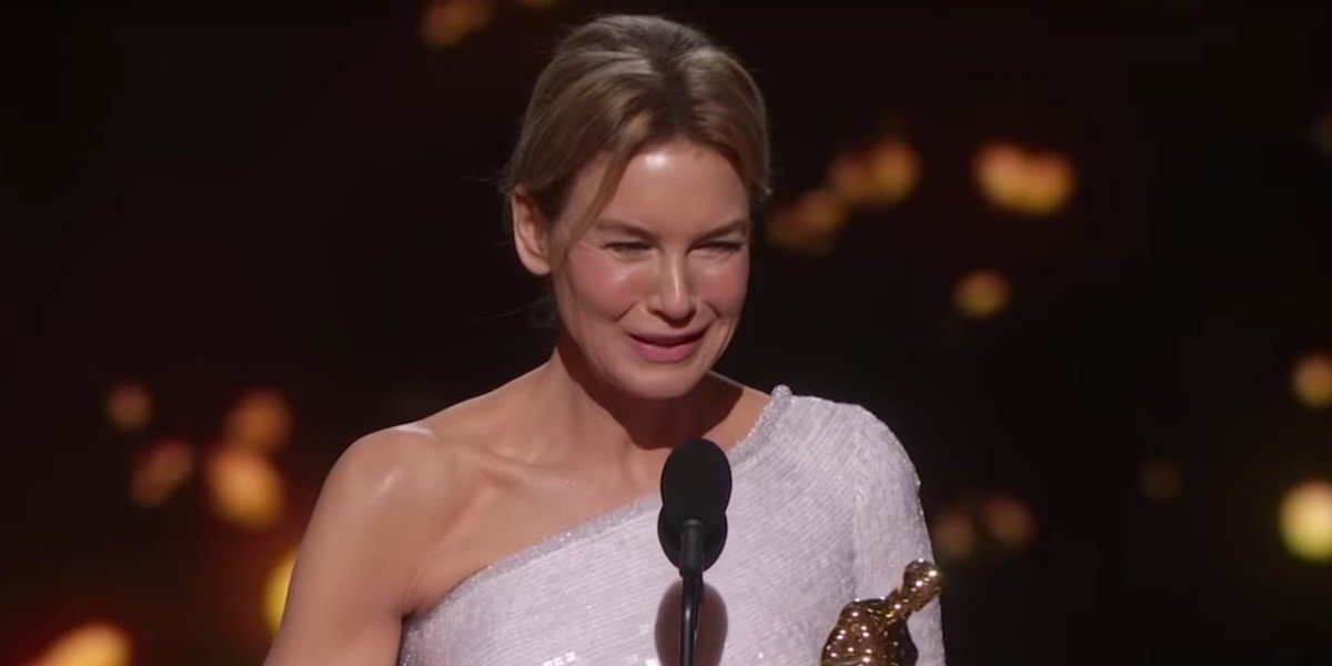 Renee Zellweger accepting her Academy Award