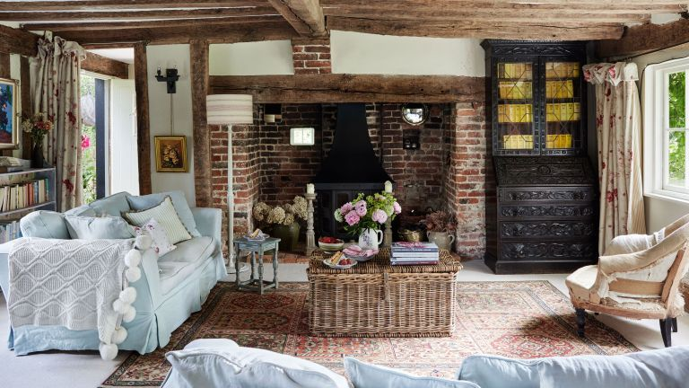 English country cottage sitting room with beams