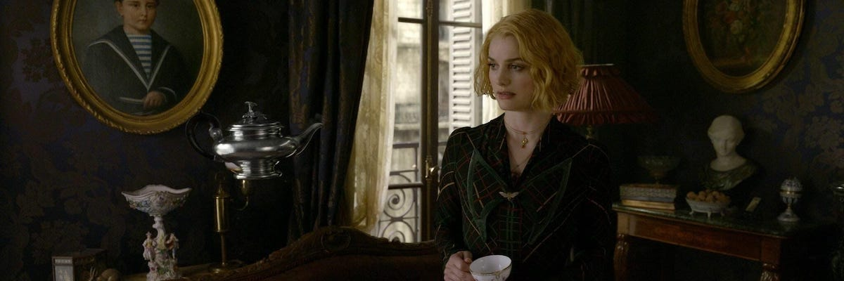 Alison Sudol in Fantastic Beasts: The Crimes of Grindelwald