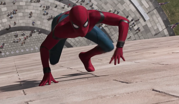 Spider-Man crawling up Washington Monument in Spider-Man: Homecoming