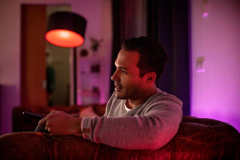 Philips Hue smart bulb deal