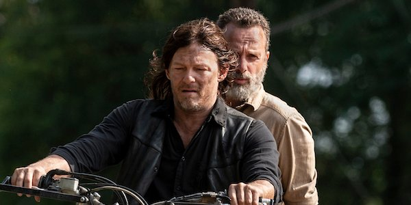 daryl and rick on a motorcycle walking dead