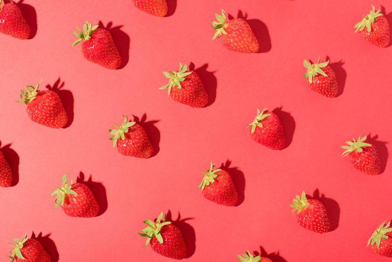 Healthy foods lower libido: strawberries