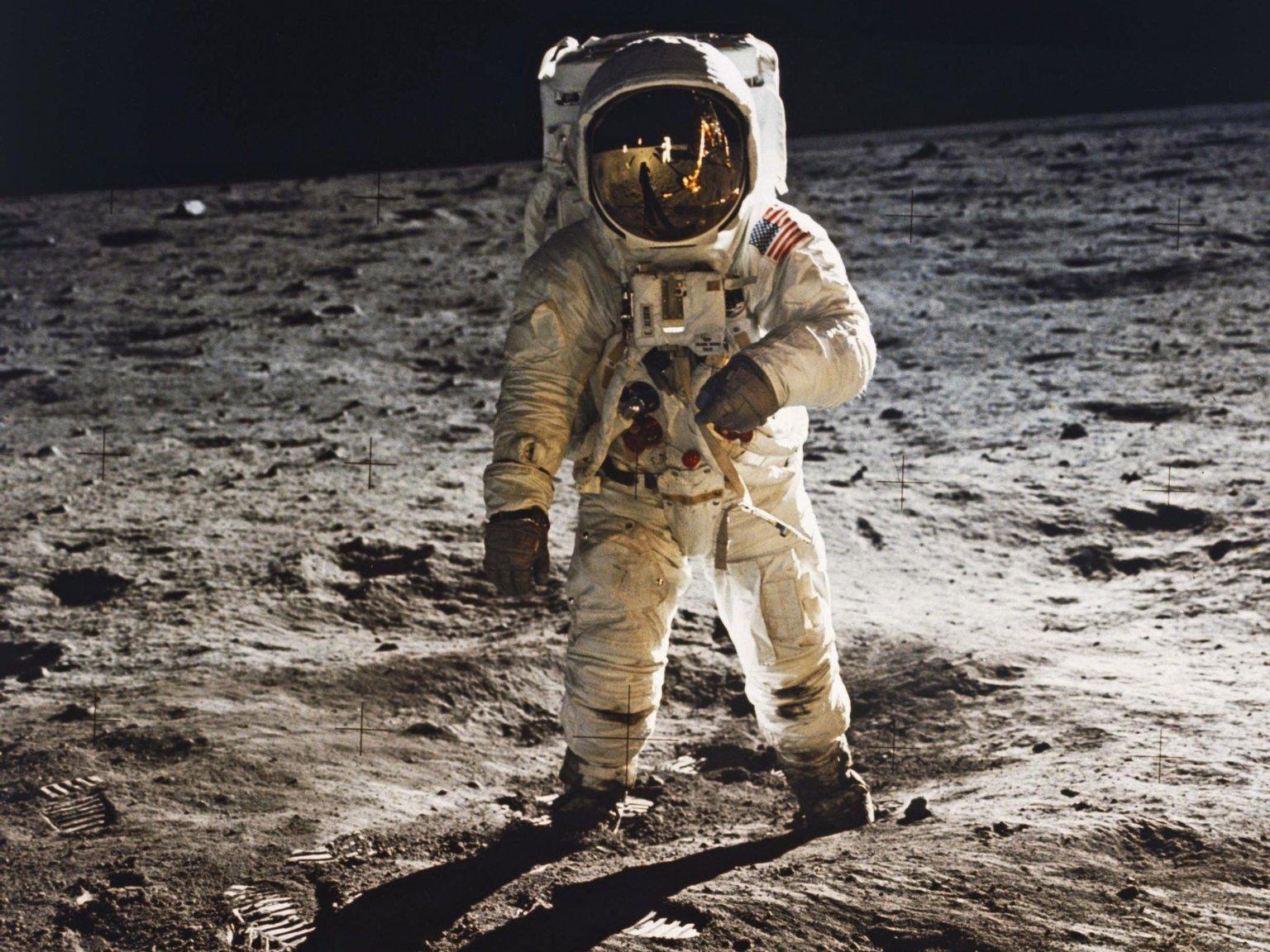5569bd18 'One Giant Leap': As Apollo 11 Moon Landing Turns 45, NASA Aims for Mars