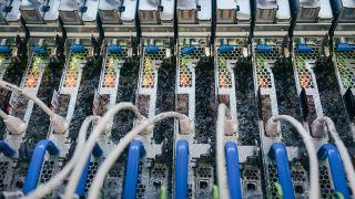 Microsoft Servers Dipped in 3D Liquid