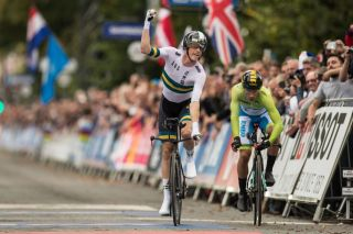 Australia's Rohan Dennis takes the 2019 elite men's time trial title at the World Championships in Yorkshire, in the UK, catching Slovenia's Primoz Roglic, who'd started three minutes in front of him, on the line