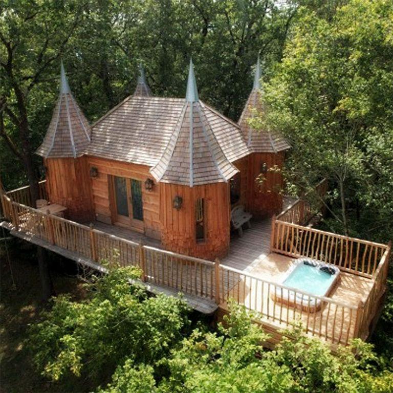 Treehouse hotel: Châteaux dans les Arbres, Dordogne