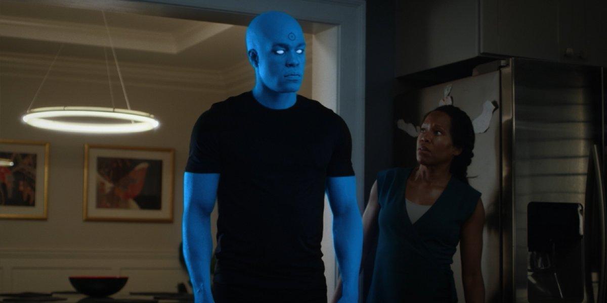 Dr. Manhattan with Angela Abar in Watchmen