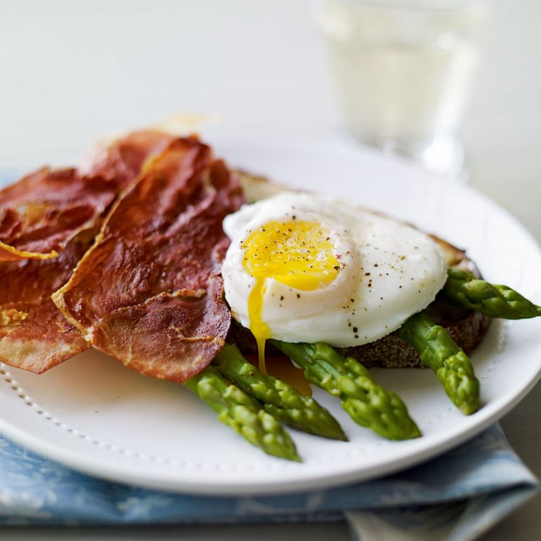 Asparagus, Crispy Ham and Poached Egg on Toast recipe-recipe ideas-new recipes-woman and home