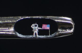 Artist Willard Wigan
