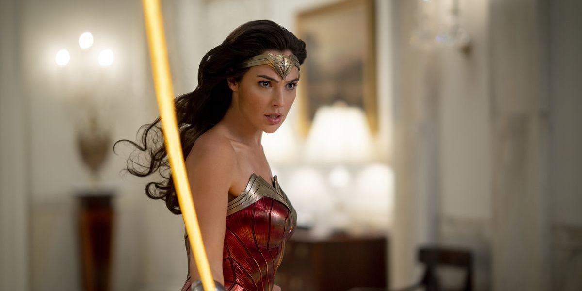 Wonder Woman (Gal Gadot) wields her lasso in a scene from 'Wonder Woman 1984'