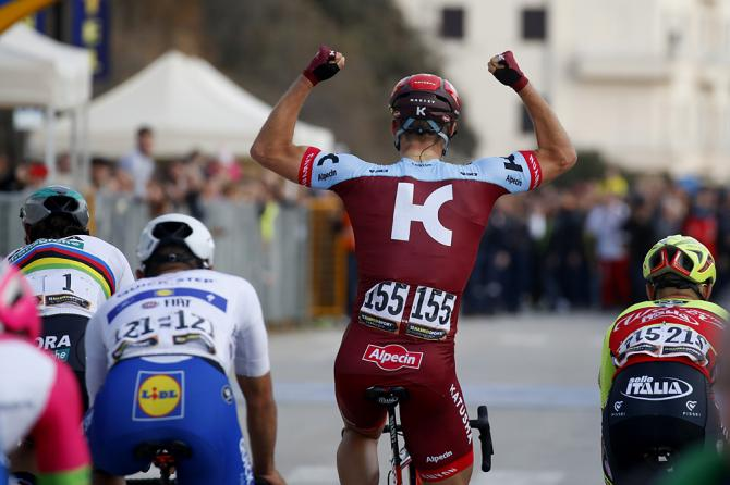 Marcel Kittel celebrates his win with a victory salute at stage 2 of Tirreno-Adriatico