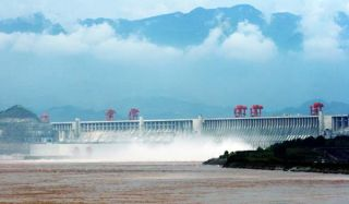 three-gorges-dam-100802-02