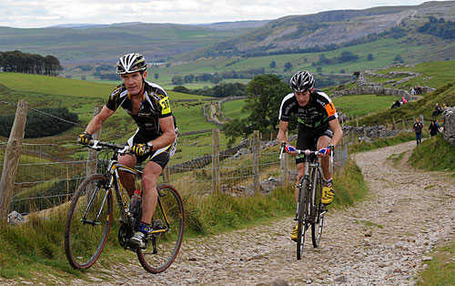 Nick Craig and Rob jebb, Pen-y-Ghent, Three Peaks cyclo-cross 2009