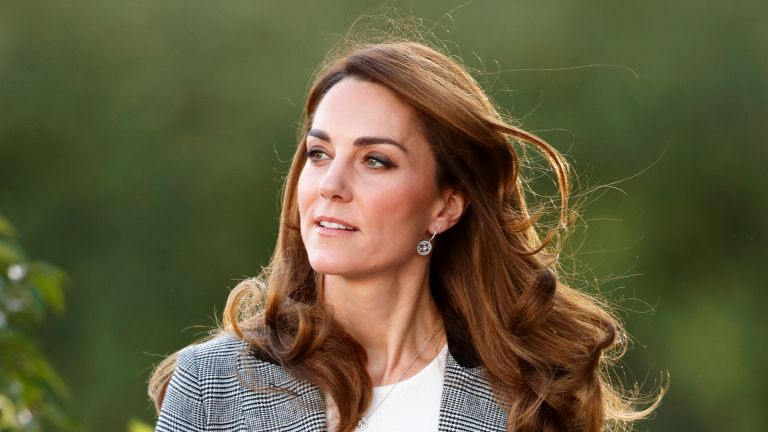 LONDON, UNITED KINGDOM - NOVEMBER 12: (EMBARGOED FOR PUBLICATION IN UK NEWSPAPERS UNTIL 24 HOURS AFTER CREATE DATE AND TIME) Catherine, Duchess of Cambridge attends Shout's Crisis Volunteer celebration event at Troubadour White City Theatre on November 12, 2019 in London, England. (Photo by Max Mumby/Indigo/Getty Images)