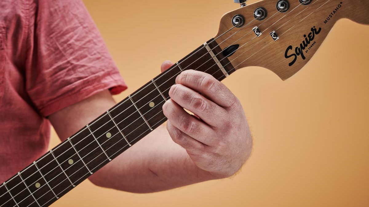 How to play the A chord on guitar