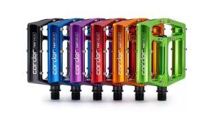 CarTech TwoTwelve flat pedals
