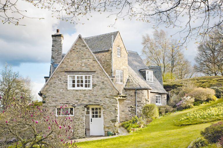 Stoneywell cottage exterior