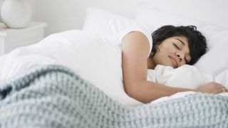 How to fix your sleep schedule according to a sleep expert