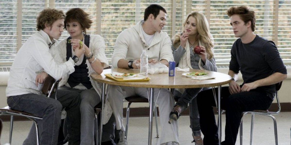 Cullens cafeteria table, Kellan Lutz's Emmett Cullen bag of eggs