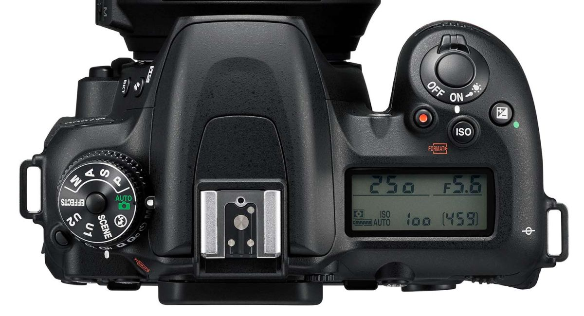 How to Use the Nikon D7500 - Tips, Tricks and Manual