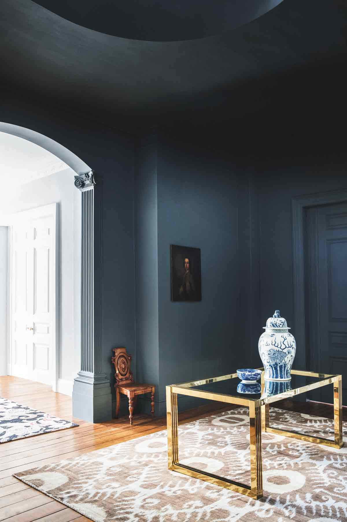 Navy Blue Walls: The Best Shades Of Navy Blue And Where To ...
