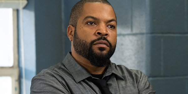 Ice Cube Looks Pissed Off Fist Fight