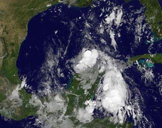 tropical-storm-don-110728-02