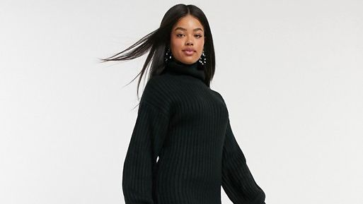 ASOS Cyber Monday - model wearing clothes